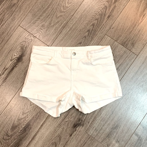 🤍 4 for $30 🤍 H&M Shorts